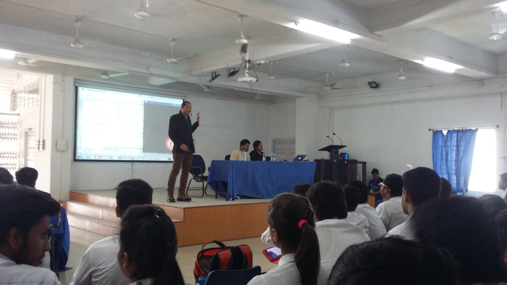 Nikhil conducting seminar organized by IIT Kanpur in UEM
